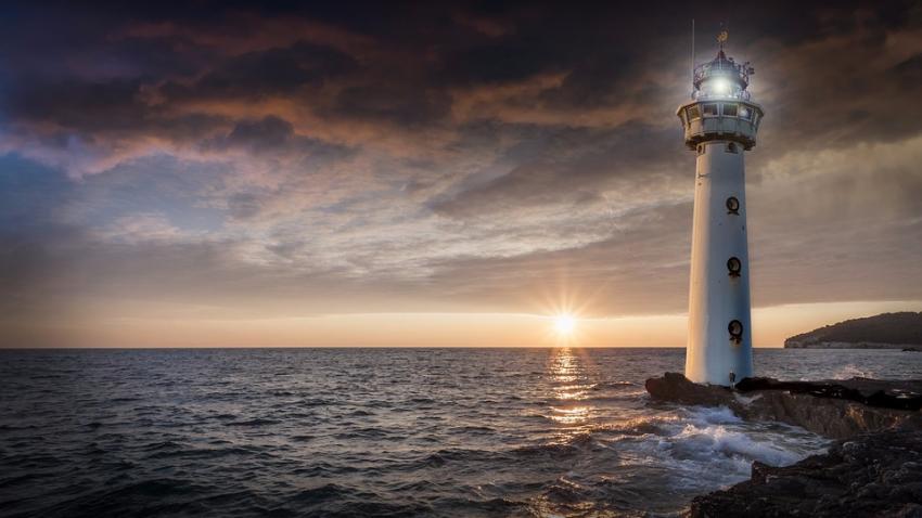 Тайна столетия: куда делись смотрители маяка на острове Эйлин Мор?