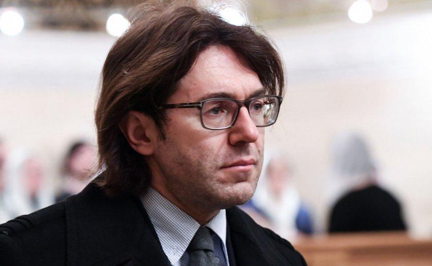 Андрей Малахов прокомментировал связь Виктории Лопырёвой с женатым мужчиной