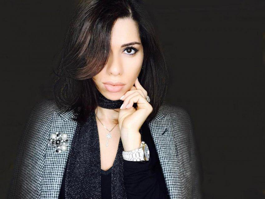 Ясновидящая Саона заявила, что Лопырёва останется одна с ребёнком на руках