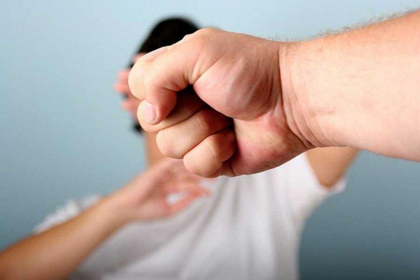 Москвич избил сына-подростка на приеме у семейного психолога