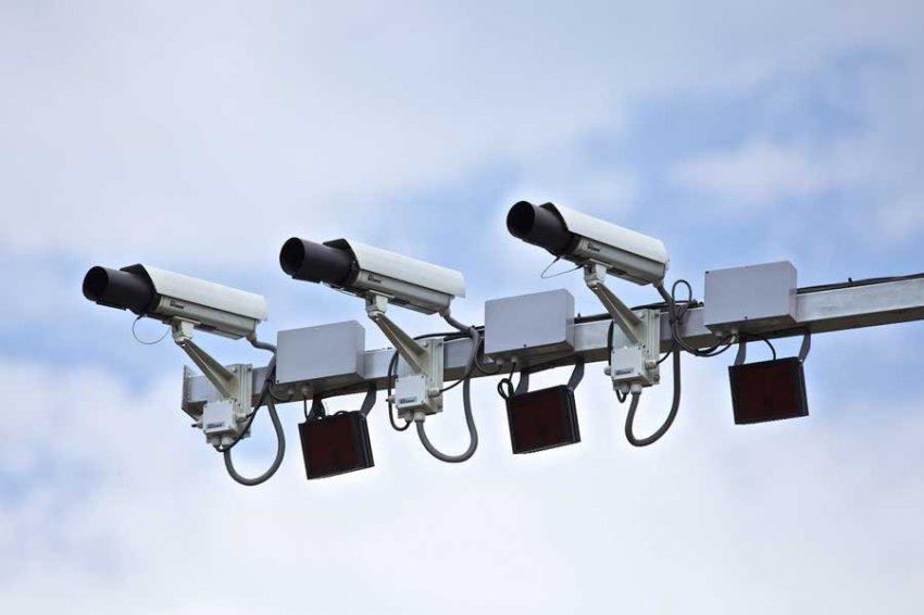 За 2 недели в Петербурге установили 20 камер фиксации скорости