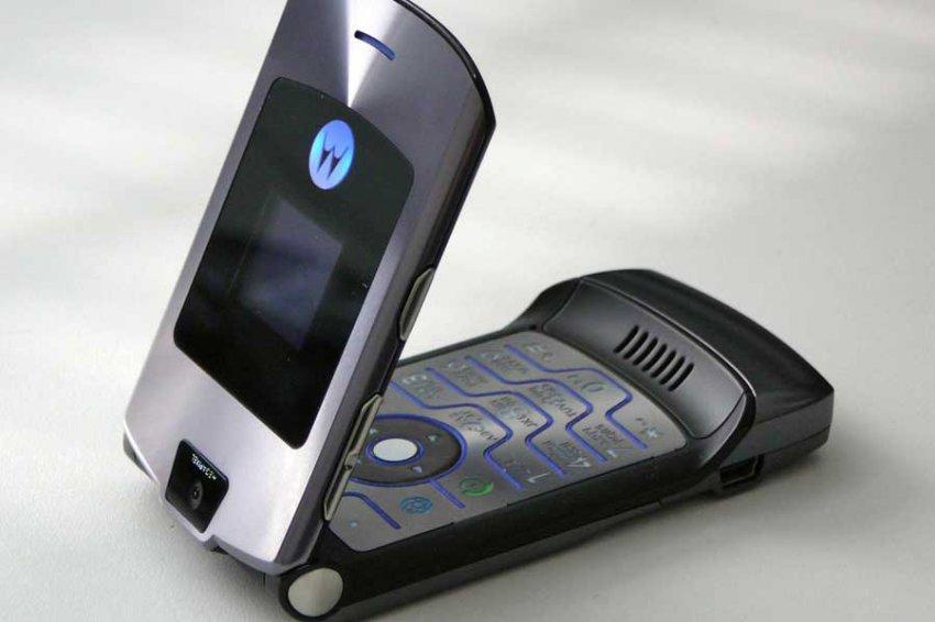 Motorola воскресит легендарную раскладушку RAZR