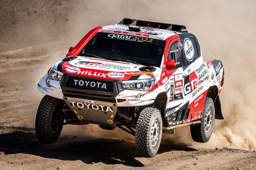 """Исторический триумф Toyota на """"Дакаре"""""""