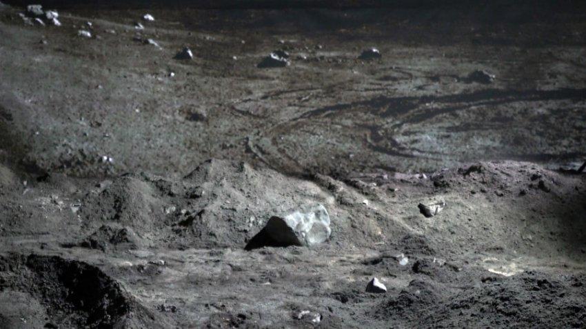 Россия займется доставкой лунного грунта на Землю