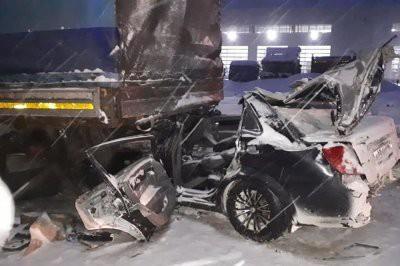 В Башкирии четыре человека погибли в ДТП с грузовиком