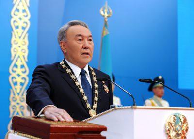 Президент Казахстана Нурсултан Назарбаев намекнул на досрочные выборы
