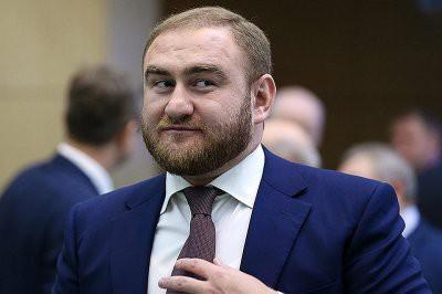 Двое подозреваемых по делу Арашуковых объявлены в розыск