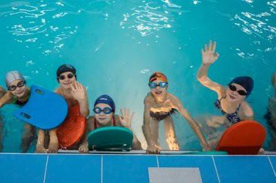 В Нижнем Новгороде парами хлора в бассейне отравились шестеро человек