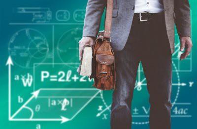 В Казани учитель требовал от школьниц секса за участие в «Что? Где? Когда?»