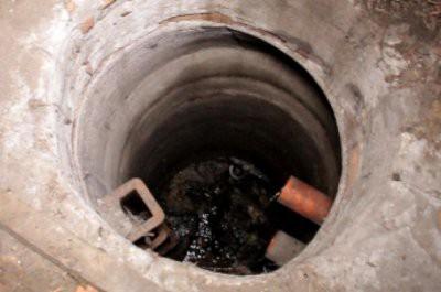 В канализационном колодце Актау обнаружен мертвый младенец
