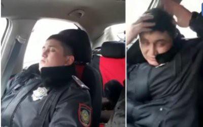 В Астане командира роты полицейских уволили за сон на службе