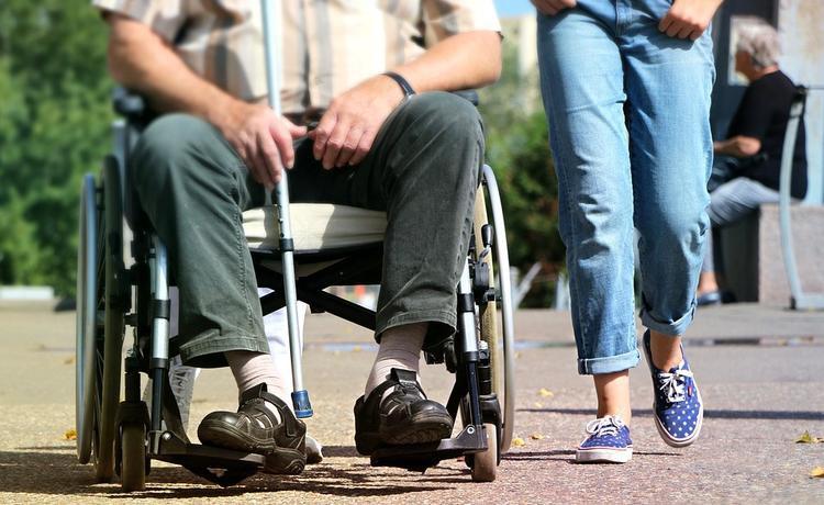 Инвалидов освободят от лишней бюрократии