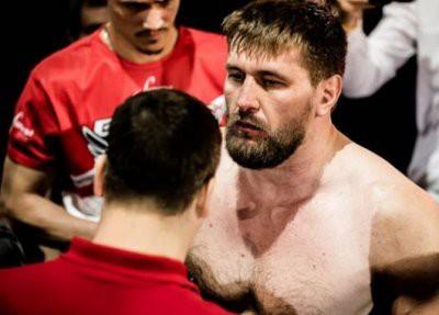 Bellator 216: Виталий Минаков оказался тяжелее Чейка Конго на два килограмма