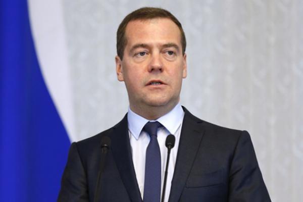 Медведев изменит критерии оценки бедности
