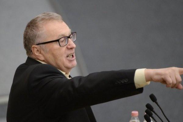 Жириновский подверг критике инициативу Чубайса поднять тарифы на ЖКХ