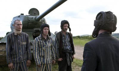Украина добивается отмены показа фильма «Т-34» в США