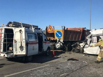 В Октябрьском районе Ростовской области в аварии погибли шесть человек