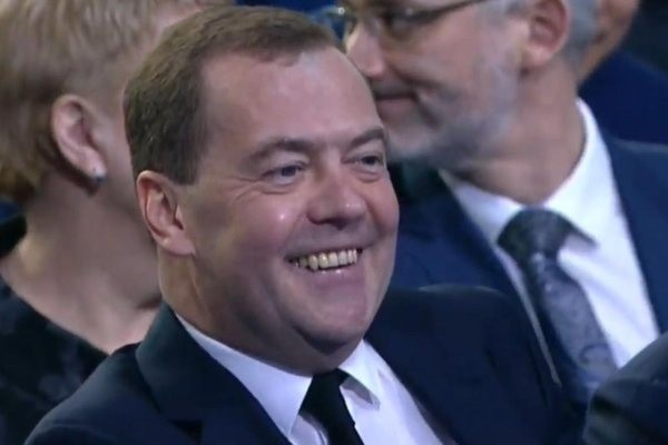 Россияне заметили изменения внешности Медведева