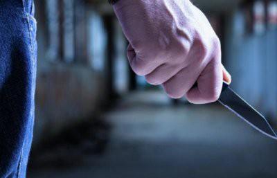 Маньяк с ножом напал на студентку на востоке Москвы