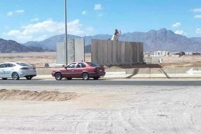 Шарм-эль-Шейх ради безопасности туристов обносят шестиметровой стеной