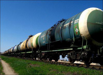 Казахстан запретил импорт бензина из России