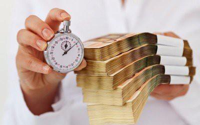 Россиян хотят ограничить в получении кредитов уже до конца года