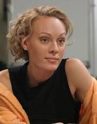Звезда сериала «Не родись красивой» поведала о фиктивном браке и стертых руках