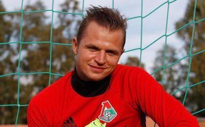 Дмитрий Тарасов продолжает портить жизнь бывшей жене