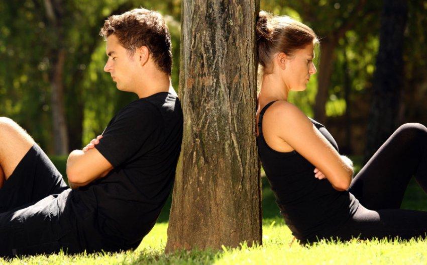 Психологи установили, что мужчины переживают развод не легче, чем женщины