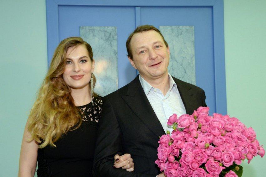 Жена Марата Башарова сообщила о расставании с супругом