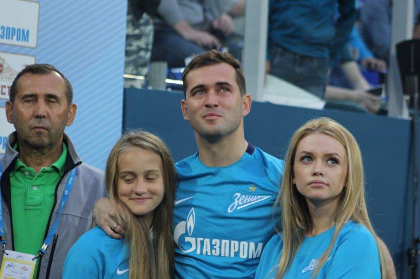 Футболист Александр Кержаков задолжал 13 миллионов рублей алиментов на дочь