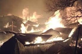 В дагестанском селе Тисси-Ахитли горит 20 жилых домов