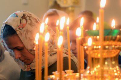 В России сегодня отмечают Вселенскую родительскую субботу
