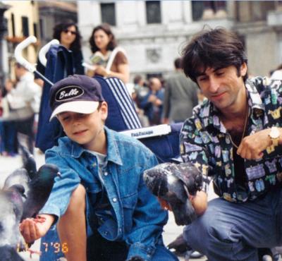 Отец Децла опубликовал архивный снимок с сыном