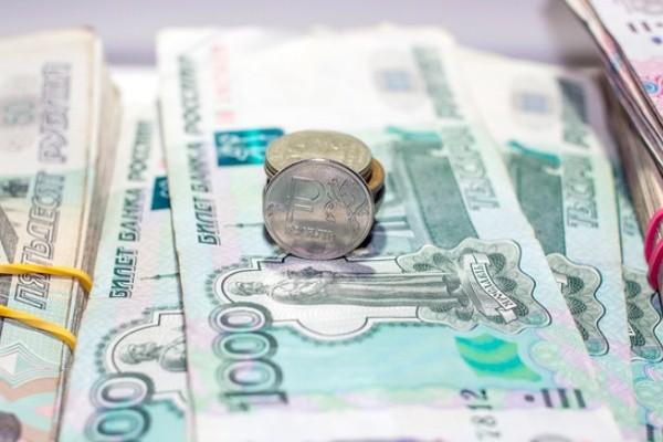 Депутаты Госдумы хотят побыстрее поднять пенсии россиянам
