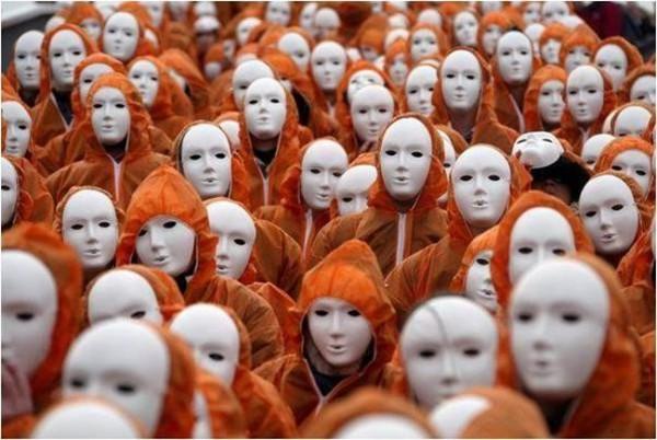 Одиночество в толпе: топ-5 знаков Зодиака, которые не выносят общества людей