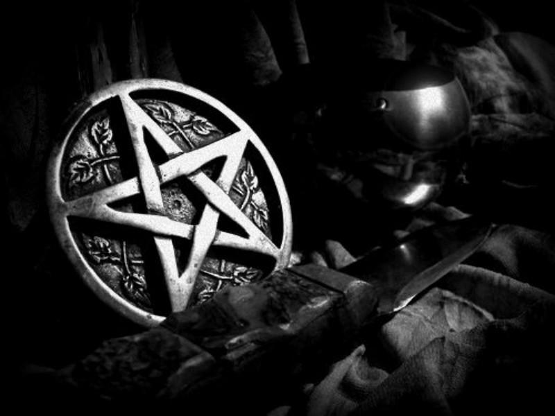Топ-5 лучших амулетов, которые защитят дом от злых духов и негативной энергии