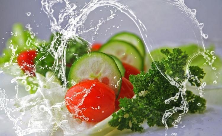 Эксперты раскрыли привычки в питании, которые помогают увеличить жизнь и влияют на лишний вес