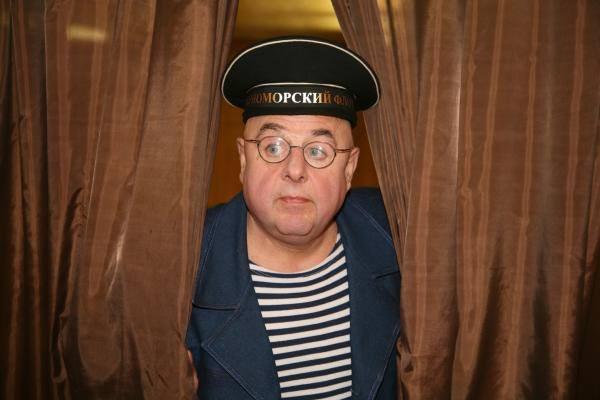 Валютные махинации подвели актера Владимира Долинского под расстрельную статью