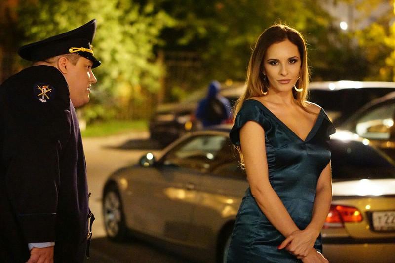 Звезда «Полицейского с Рублевки» тайно родила первенца за границей