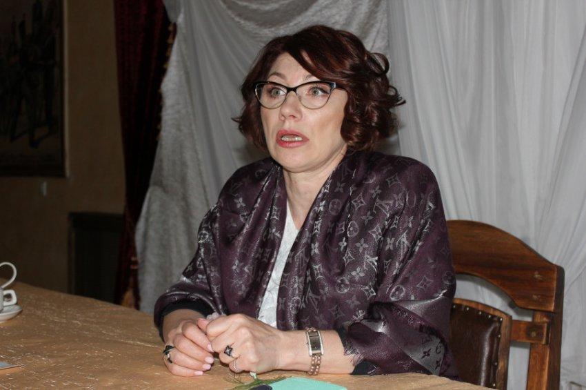 Роза Сябитова призвала хейтеров оставить ее семью в покое