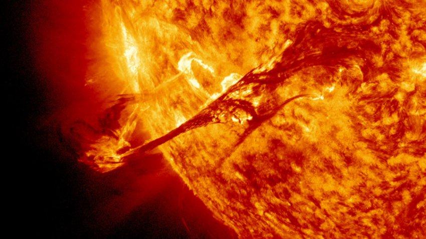 Мощный солнечный шторм, обрушившийся на древнюю Землю, может повториться