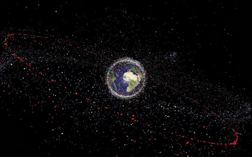 В России создали спутник для уничтожения космического мусора