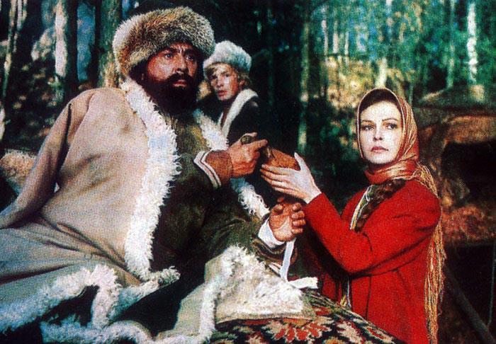 Актриса Ольга Прохорова стала инвалидом и не может вернуться в Россию из-за мошенников
