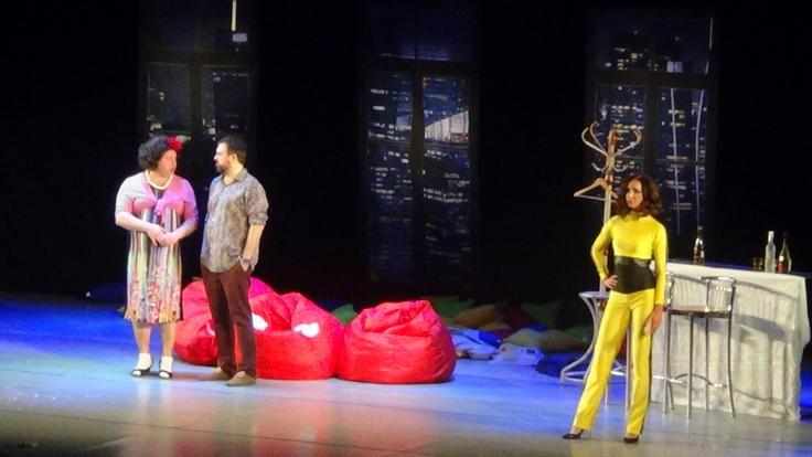 В Казани состоялся спектакль с участием Ольги Бузовой и комедийных артистов