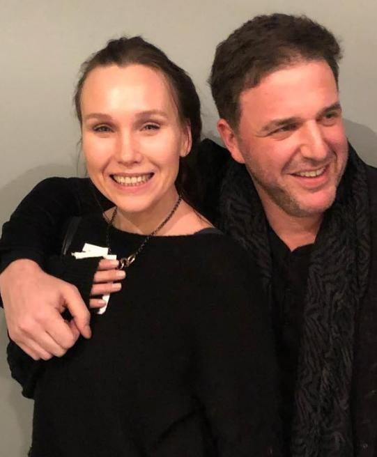 Известную актрису запечатлели в объятиях Максима Виторгана
