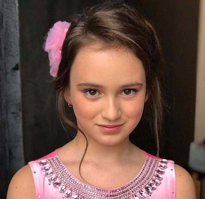 Катя Лель восхитила поклонников фотографией повзрослевшей дочери