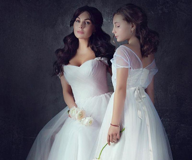 Скрытная звезда «Счастливы вместе» Наталья Бочкарева изменила своим правилам, поделившись фото дочери