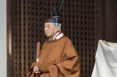 125-й император Японии Акихито отрекся от престола: как это было