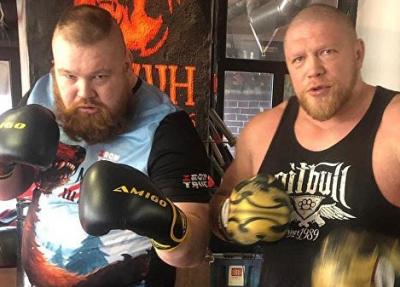 Вячеслав Дацик проведет бой с Максимом Новоселовым, отсидевшим 15 лет